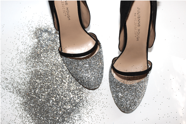 Customizar sapatos com glitter