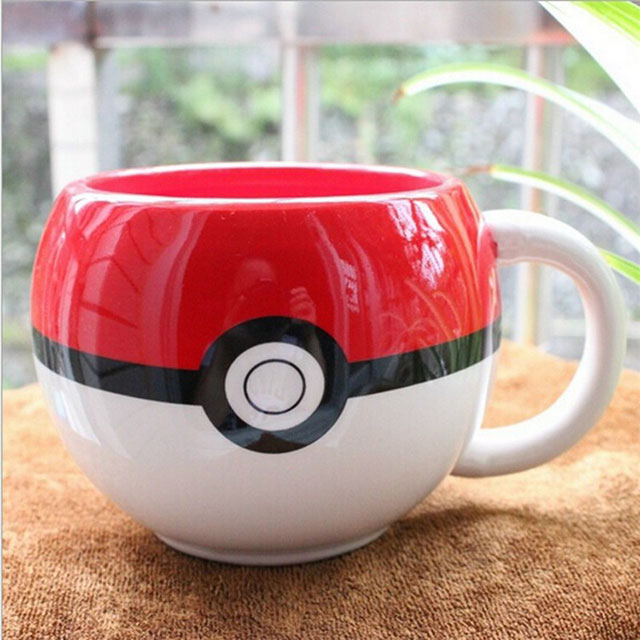 Caneca divertida de Pokebola
