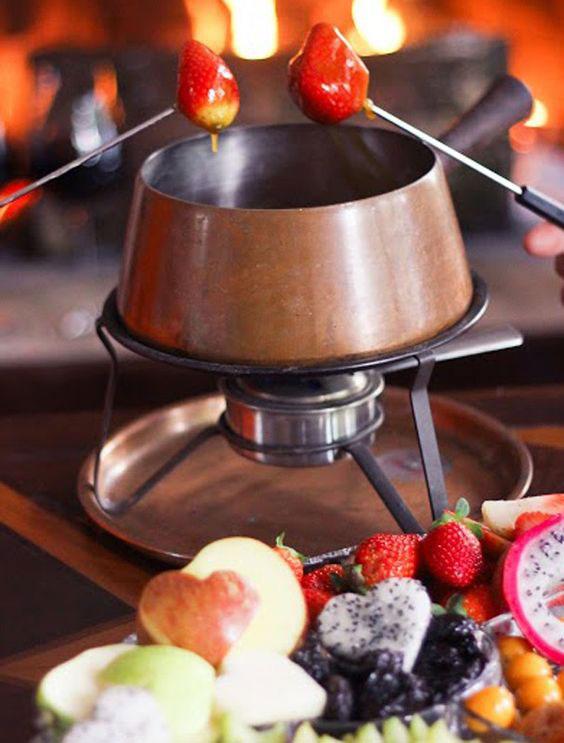 Faça uma noite do fondue