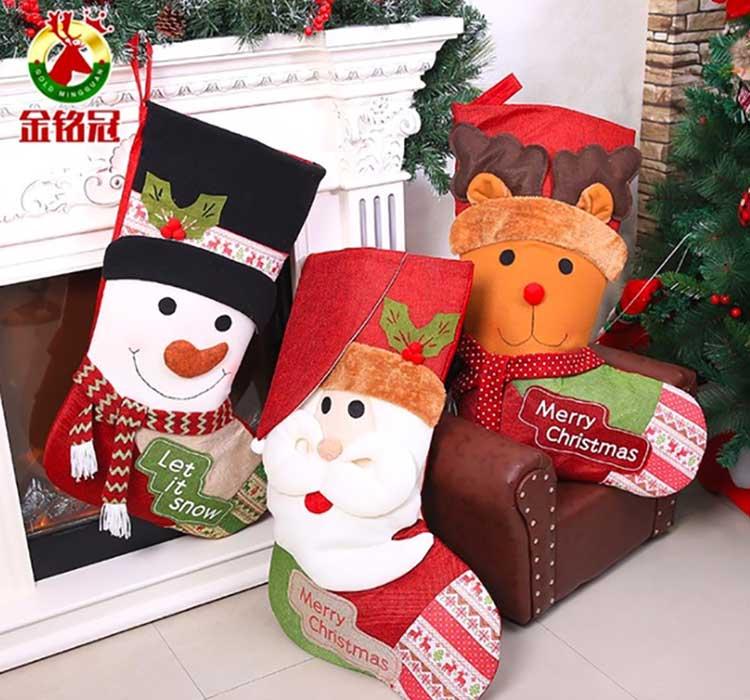 Meias de Natal gigante com Boneco de Neve, Papai Noel e Rena