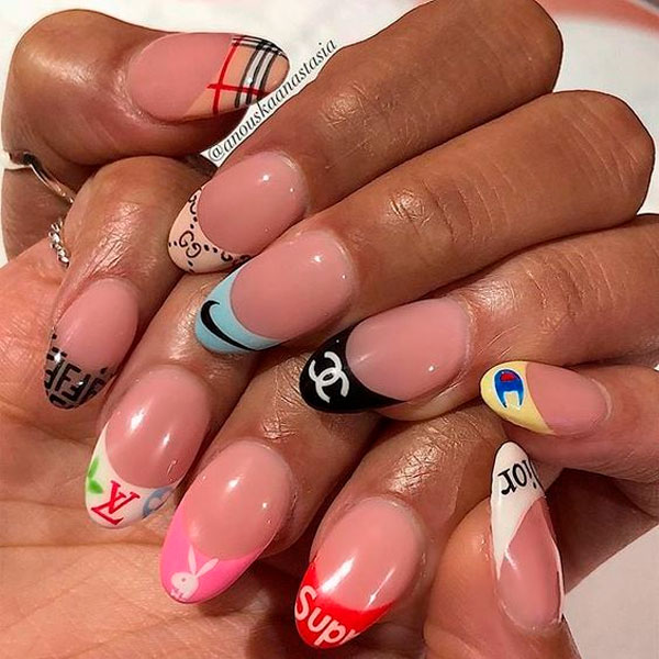 Unhas decoradas com francesinha fashion